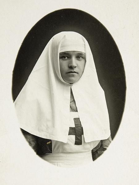 Медицинская сестра Павловская